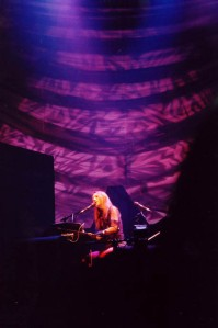 Tori Amos at the Oakdale Theater, 14 October, 2001
